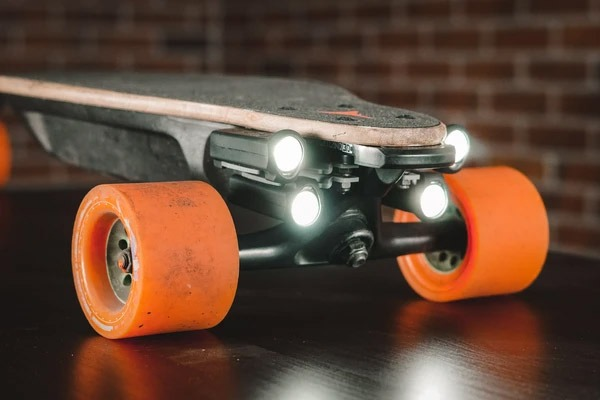 electric skateboard shredlights